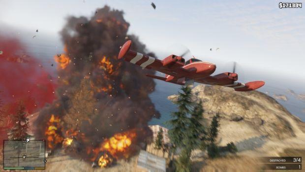 RSG GTAV Screenshot HUD 008 620x بزرگ ترین سرقت تاریخ، این بار با سه نفر | نقد و بررسی Grand Theft Auto V